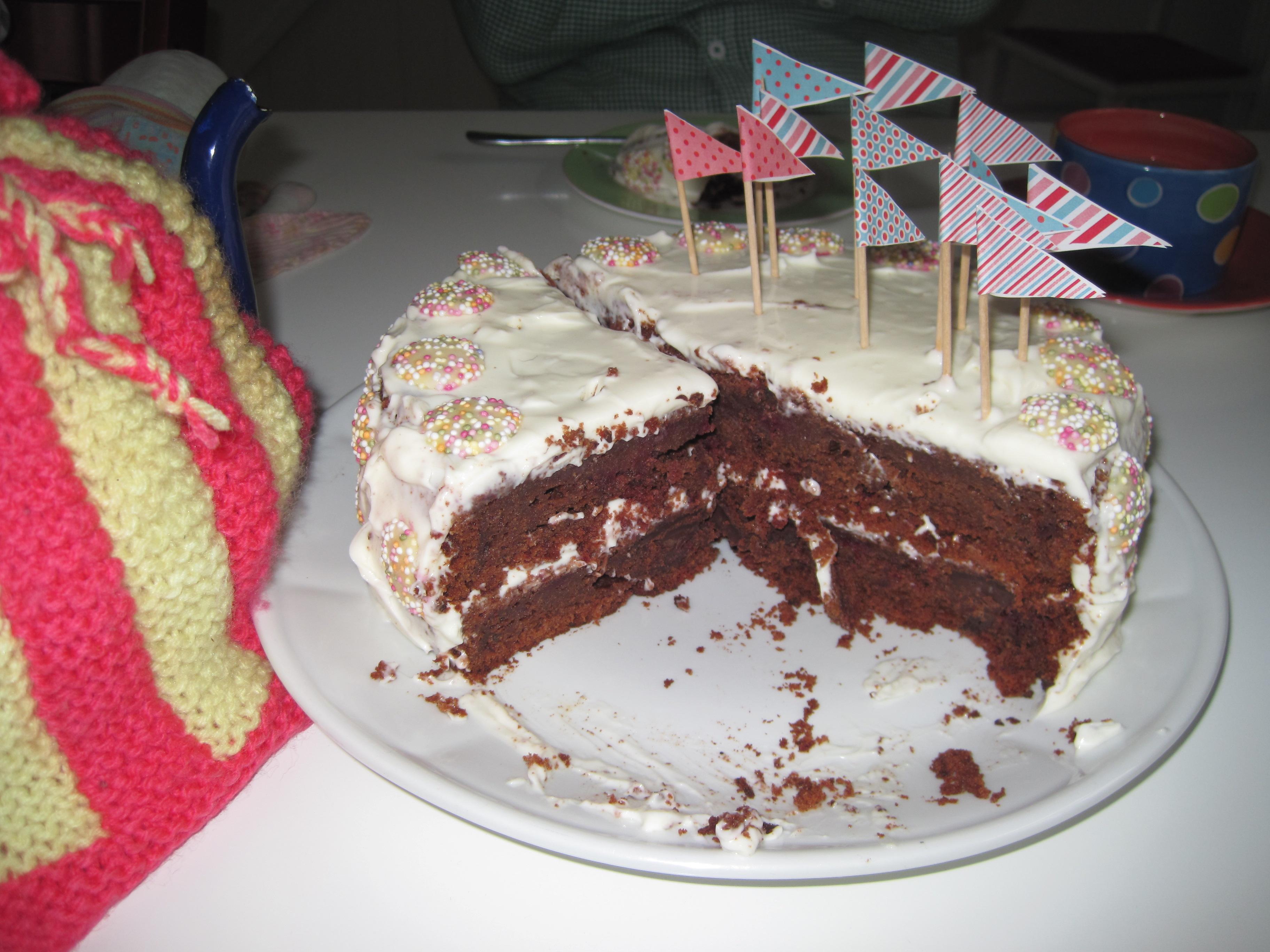 Amazing A Grown Up Birthday Cake Funny Birthday Cards Online Benoljebrpdamsfinfo